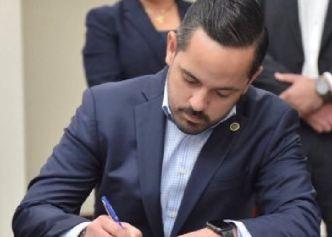 Erik Rolón también será subsecretario de la Gobernación