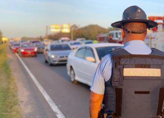 Reabren vía cerrada por accidente en Vega Baja