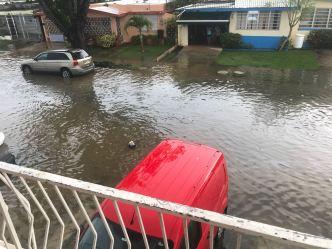 Inundaciones repentinas causan estragos en San Juan