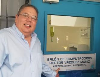 Reconocen a Héctor Vázquez Muñiz en colegio de Caguas