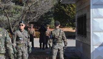 Por altavoz, Surcorea narra escape de soldado