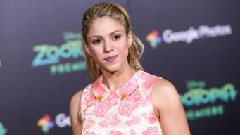 """Shakira y Carlos Vives defienden """"La bicicleta"""" ante un juez"""