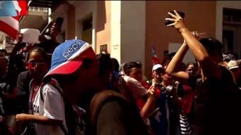 Al son de cacerolas se manifiestan en el Viejo San Juan