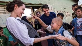 Angelina Jolie visita Mosul y pide ayuda para los iraquíes
