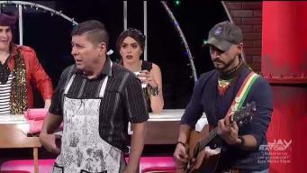 Carlos se lanza como cantante