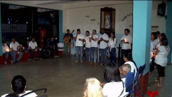 Familiares se unen para honrar memoria de joven asesinado en calle Loíza