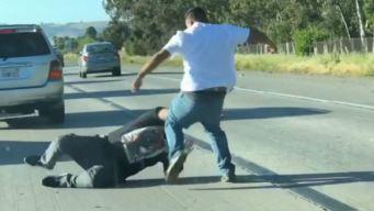 Video: se agarran a puñetazos en plena autopista