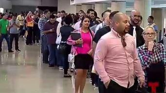 Interminable fila para solicitar empleo en Aeropuerto