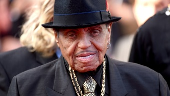 Fallece el padre de Michael Jackson a los 89 años
