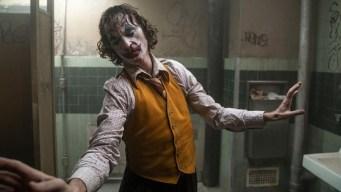 """""""Joker"""" llega a los cines salpicada de controversia"""
