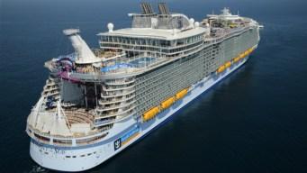Llegan 35,000 pasajeros en crucero al Viejo San Juan