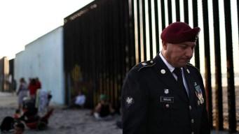 Primer veterano deportado: es mexicano y regresó a EEUU para quedarse