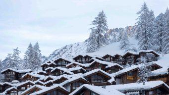 En video: avalancha sepulta resort con turistas adentro