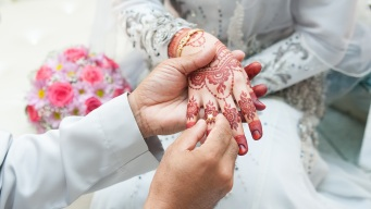 Malasia: hombre de 41 años se casa con niña de 11