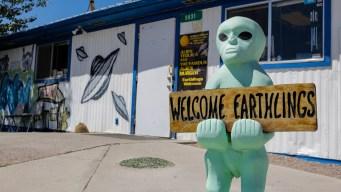 """¿Extraterrestres? Lo que debes sabes del """"peligroso"""" asalto al Área 51"""
