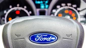 Retiran más autos Ford por andar con la palanca en neutro