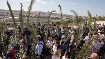 Millones inician las celebraciones de Semana Santa