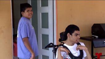 Madre pide ayuda: sus tres hijos padecen de condiciones