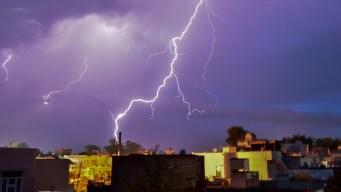 Rayos asesinos: decenas mueren durante tormenta eléctrica
