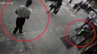 Captan en video brutal ataque y robo a niño de 8 años