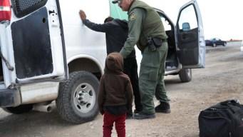 Niño migrante muere en custodia de Patrulla Fronteriza