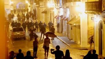 Crisis en Puerto Rico: jornada acaba en violencia