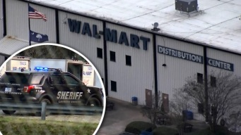 Sangriento tiroteo en bodega de Walmart deja un herido