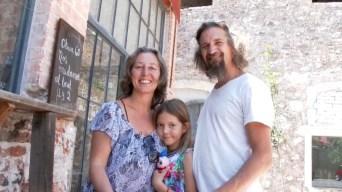 Familia argentina llega en auto a México y sigue a Alaska