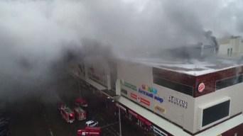 Rusia: 64 muertos por incendio en centro comercial