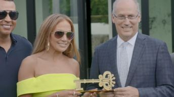 J. Lo recibe las llaves de Miami Beach en su cumpleaños