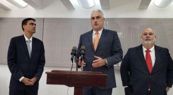 Demandan a TRS por no publicar registro de cabilderos