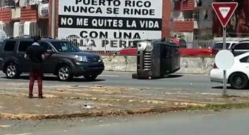 Accidente provoca mucho tapón en la Piñero
