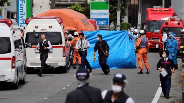 Japón: ataque con cuchillo en parada de autobús