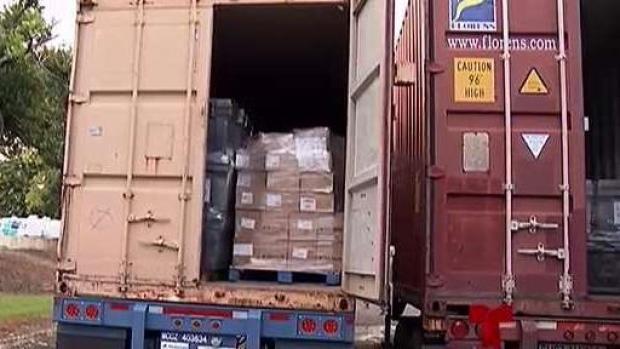 [TLMD - PR] Aparecen varios furgones en hospital de Bayamón