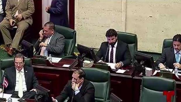 """[TLMD - PR] Cámara discute proyecto de """"Ley de Moratoria"""""""