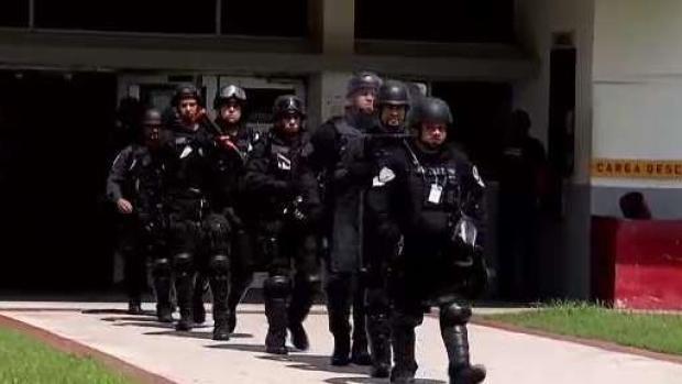 [TLMD - PR] Federales y estatales realizan operativo en prisión
