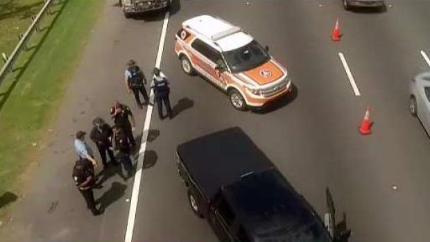 [TLMD - PR] Alguacil socorrió a joven que se lanzó de puente