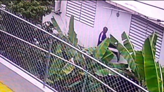 [TLMD - PR] Lo buscan por escalamiento en la urbanización Boneville Terrace de Caguas