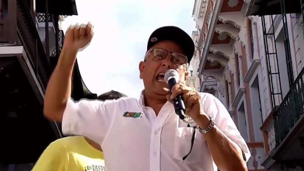 [TLMD - PR] Pensionados se manifiestan en la Fortaleza