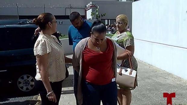 [TLMD - PR] Policía: Mujer enviaba fotos de su hija desnuda al novio