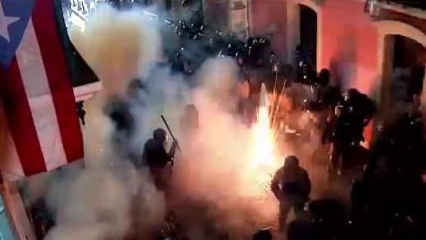 """Policía: """"pensé que nos iban a quemar a todos"""""""