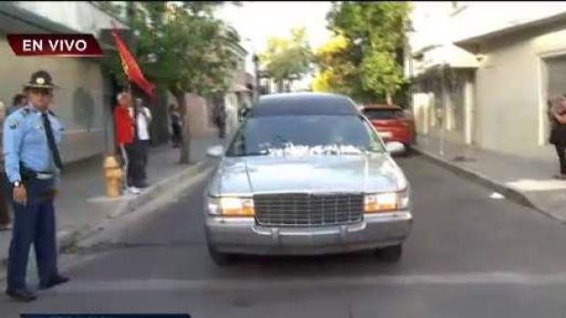 [TLMD - PR] Ponce recibe con aplausos los restos de Hernández Colón
