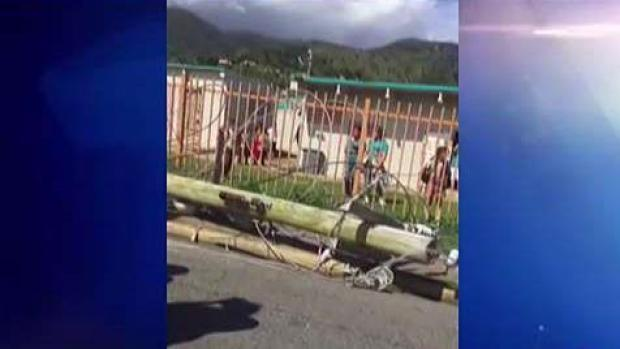 Padres habían reportado peligrosidad de poste frente a escuela