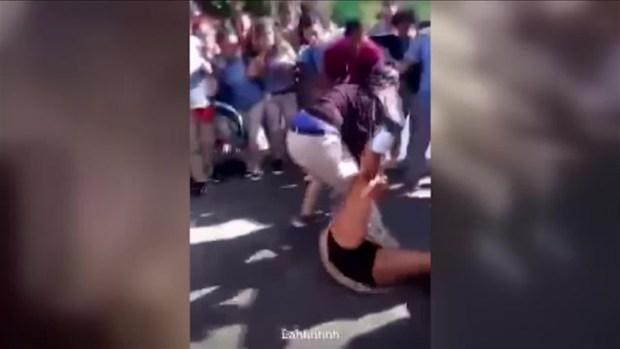 [TLMD - PR] Pelea de estudiantes en Juncos