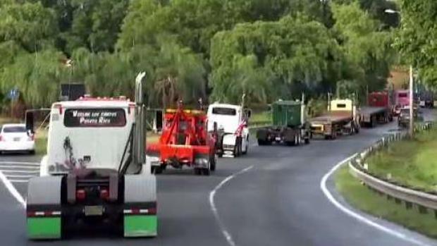 Transportistas se unen a manifestaciones contra Rosselló