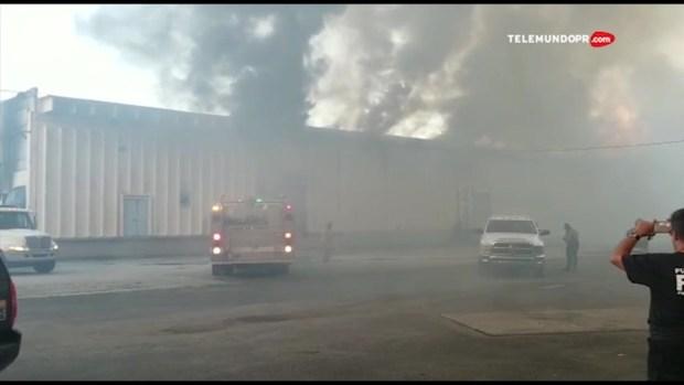 [TLMD - PR] Fuego de grandes proporciones en el Barrio Candelaria