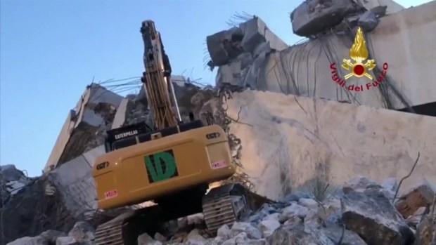 [TLMD - LV] Sigue búsqueda por desaparecidos entre escombros de puente