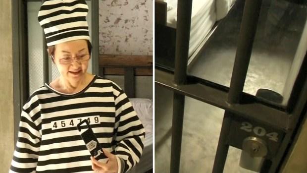 """Pagan para ir a la """"cárcel"""", exótico hotel con barrotes y toque de queda"""