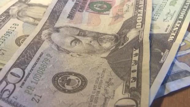 Nuevos dólares falsos: mira cómo identificarlos
