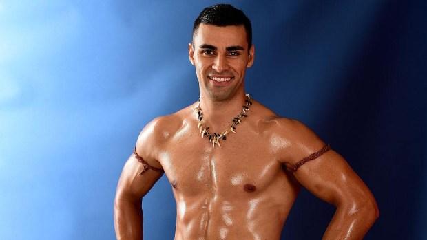 Juegos Olímpicos 2018: desfila semidesnudo bajo gélidas temperaturas